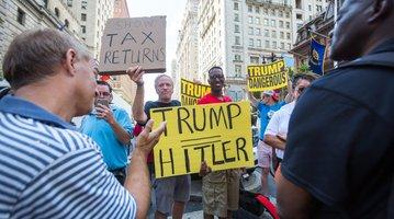 01-090716-Trump_Carroll.jpg