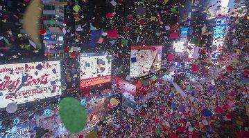 01012017_NYE_Times_Square3_AP