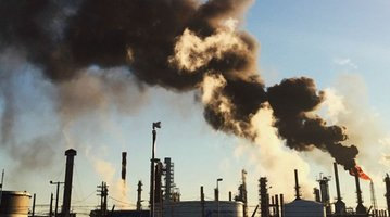 01102015_refinery_fire_instagram