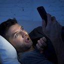 01212016_blue_light_smartphone_iStock