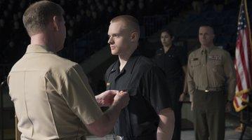 012417_award_navy