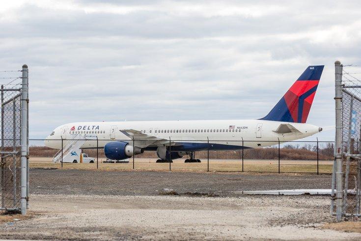 Stock_Carroll - Delta plane at the Philadelphia International Airport