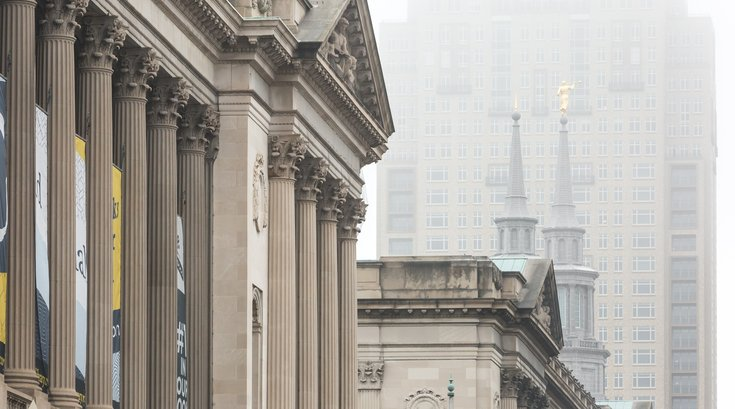Stock_Carroll - Fog in Center City, Free Library of Philadelphia, Mormon Temple