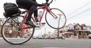 02_051117_BikeCommuting_Carroll.jpg