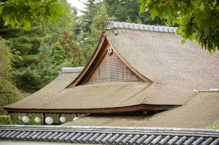 15 Photos Rare Roof Restoration Uses Material From Japan