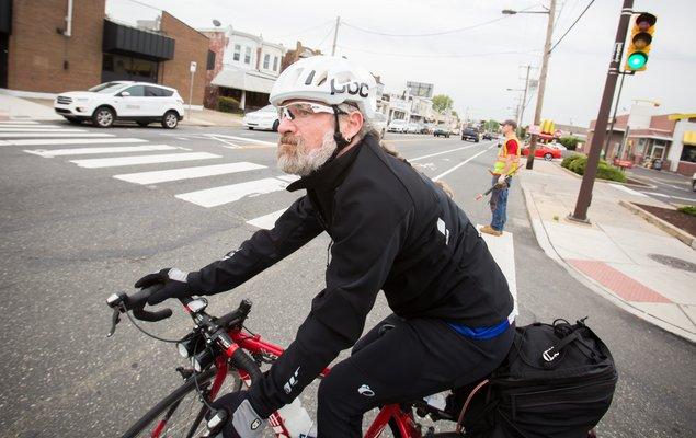 03_051117_BikeCommuting_Carroll.jpg