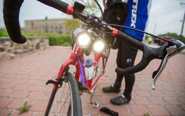 04_051117_BikeCommuting_Carroll.jpg