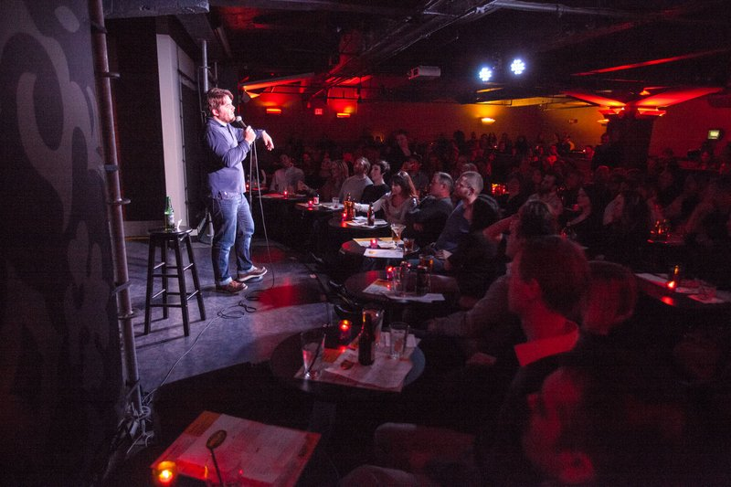Philly 39 s comedians embrace variety phillyvoice for Helium comedy club