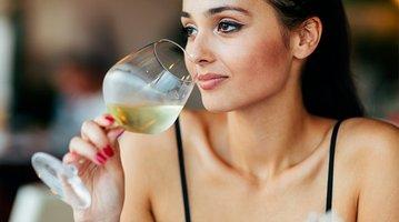 05082017_wine_drinker_iStock