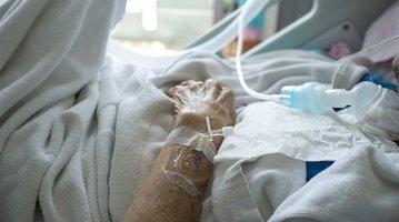 05262017_elderly_hospital_patient_iStock
