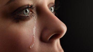 06072017_woman_cries_iStock