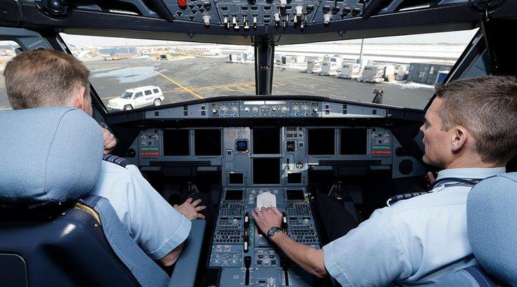 06292017_Jet_Blue_cockpit