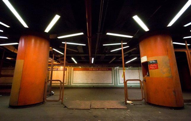Carroll - Franklin Square Subway Station