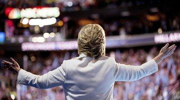 07282016_Hillary_Crowd_AP.jpg