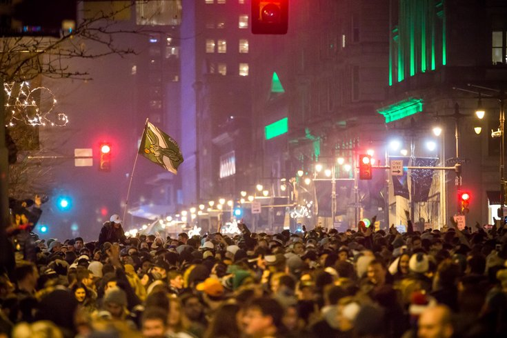Footage of post-Super Bowl chaos in Philadelphia emerges online