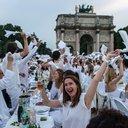 08192016_diner_en_blanc_paris_AP.jpg