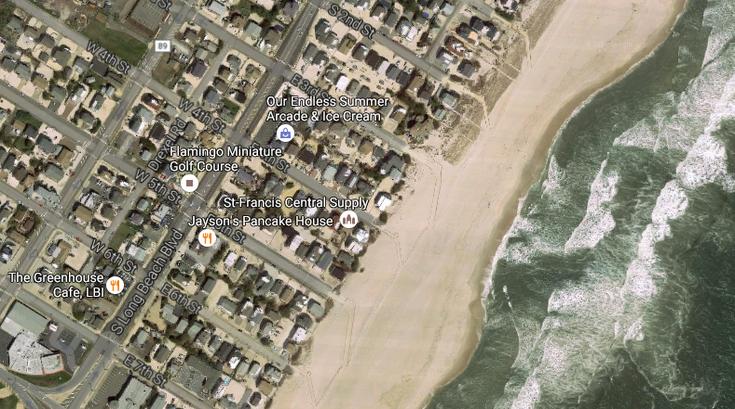083116_beach_shipbottom