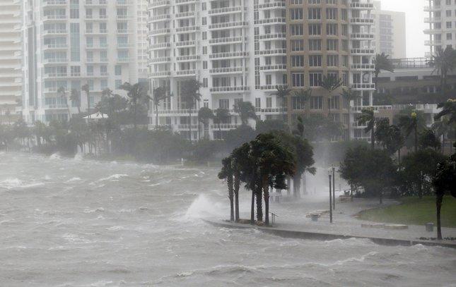 09112017_Irma_Florida1_AP.jpg
