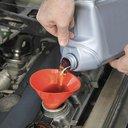 11232015_motor_oil_iStock