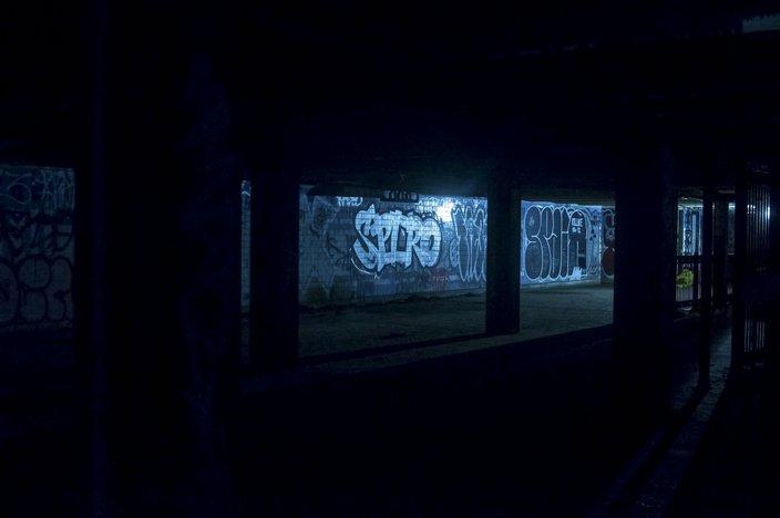 12-110115_AbandonedSubway_Bruder.jpg