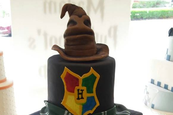 Local bakery\'s \'Harry Potter\' wedding cake goes viral | PhillyVoice