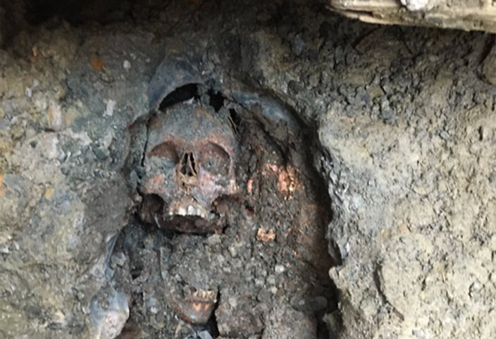 4 People Who Were Buried Alive (And How They Got Out)