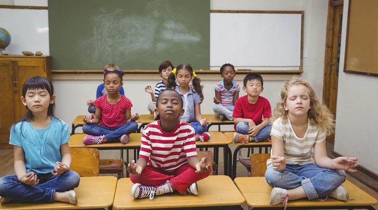 12192015_kids_yoga_iStock