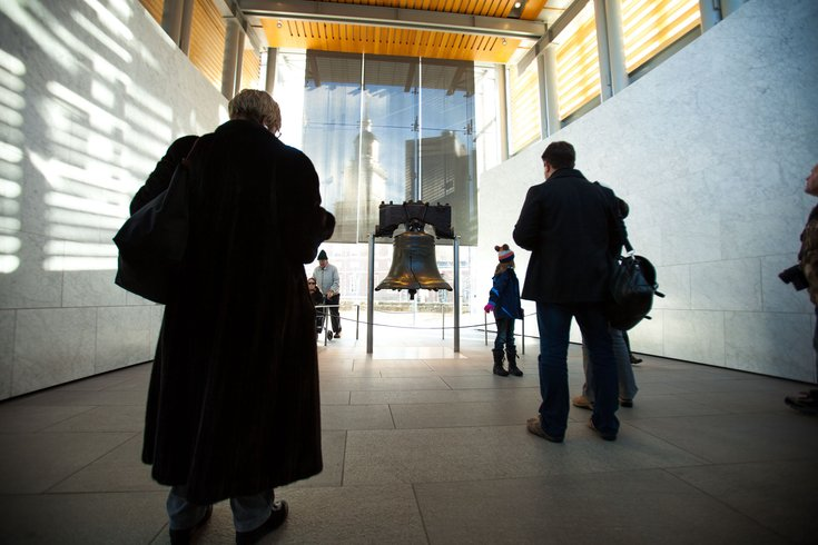 Liberty_Bell_2015_Crowds_10062016
