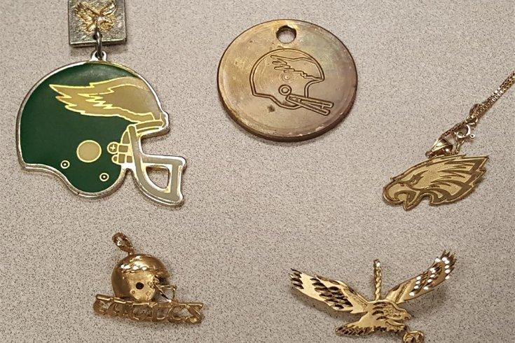 Eagles pendants