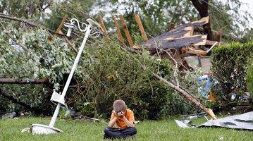 05122015_Tornado_Reuters