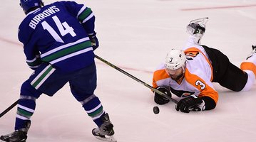 110315_Flyers-Canucks_Reuters