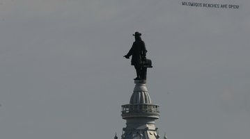 William Penn Statue getting summer cleaning