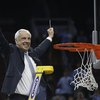 032716_Roy-Williams_AP