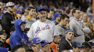 100616_Mets-Giants_AP