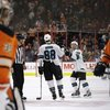 032815_Flyers-Sharks_AP