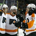 102115_Flyers-win_AP