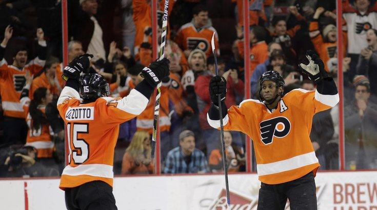 030515_Flyers-win_AP