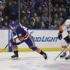 011915_Flyers-Islanders-1_AP