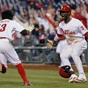 042016_Phillies-win_AP