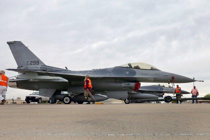 06252015_FighterJet_AP