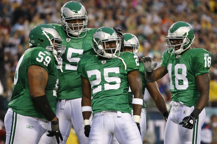 Are the Eagles planning on bringing back Kelly Green ...