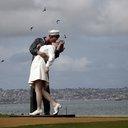 Kiss Statue