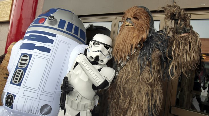 """Fans dress as """"Star Wars"""" characters"""