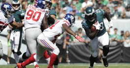 121517_Eagles-Giants_AP