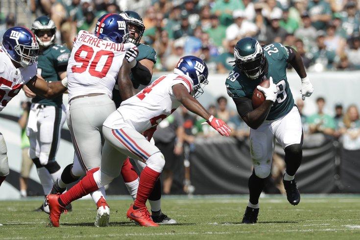 121517_Eagles-Giants_AP