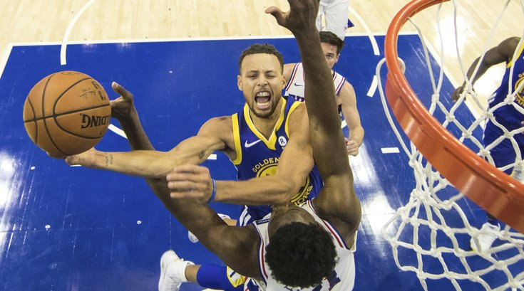 111917-StephCurry-AP