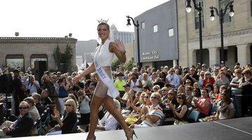 Miss New Jersey Cara McCollum
