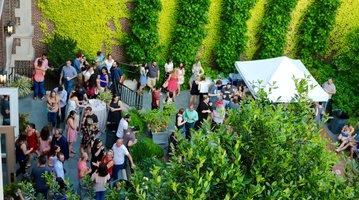 Mutter Museum beer garden