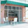 100517_cafeseating