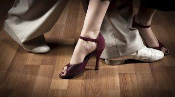 11022015_DancerFeet